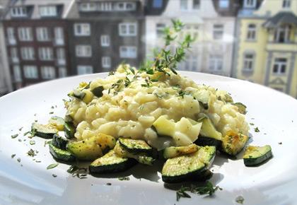 Risotto mit Zucchini und Stracchino (oder Frischkäse) « we eat fine