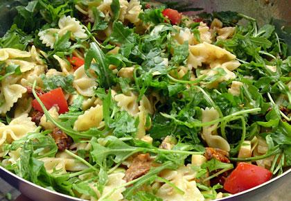 pasta salat mit honig senf dressing we eat fine. Black Bedroom Furniture Sets. Home Design Ideas